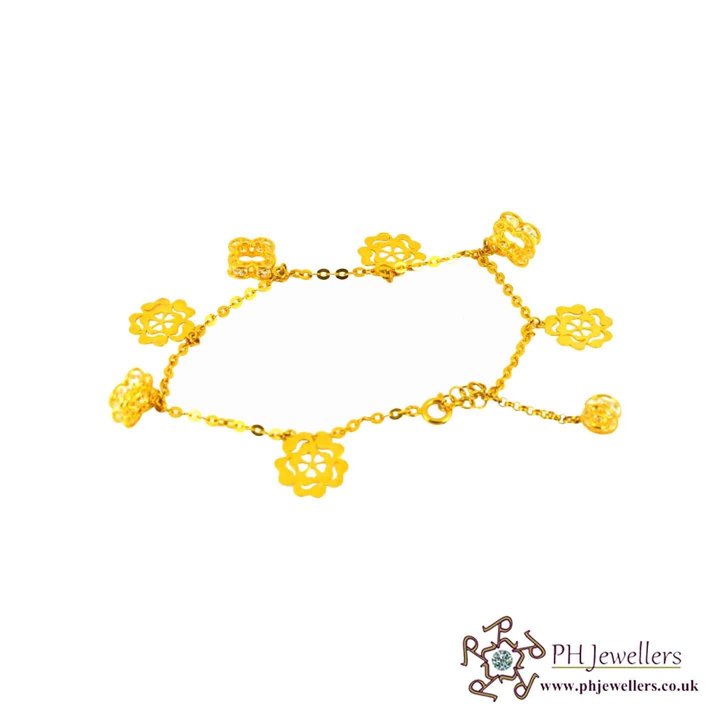 22ct 916 Hallmark Yellow Gold Charm Bracelet CZ LB24