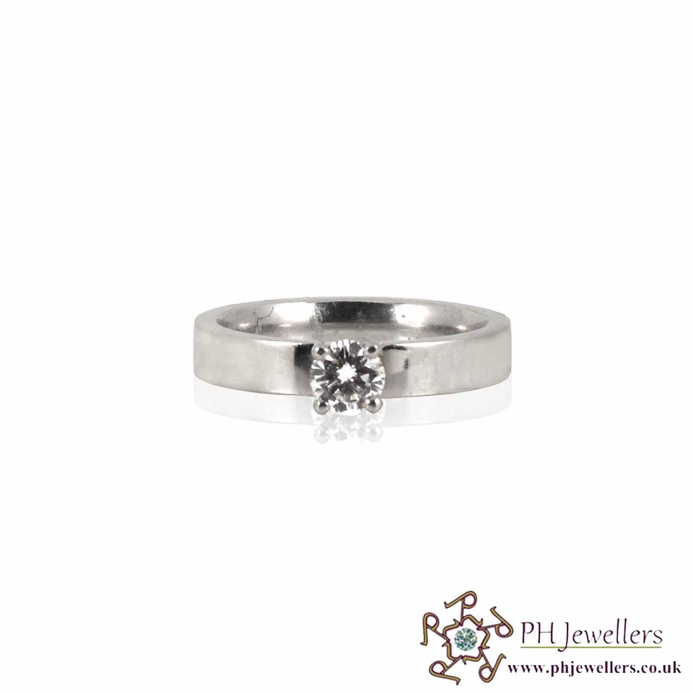 Platinum Hallmark Platinum Engagement Ring Diamond Ring PTR1