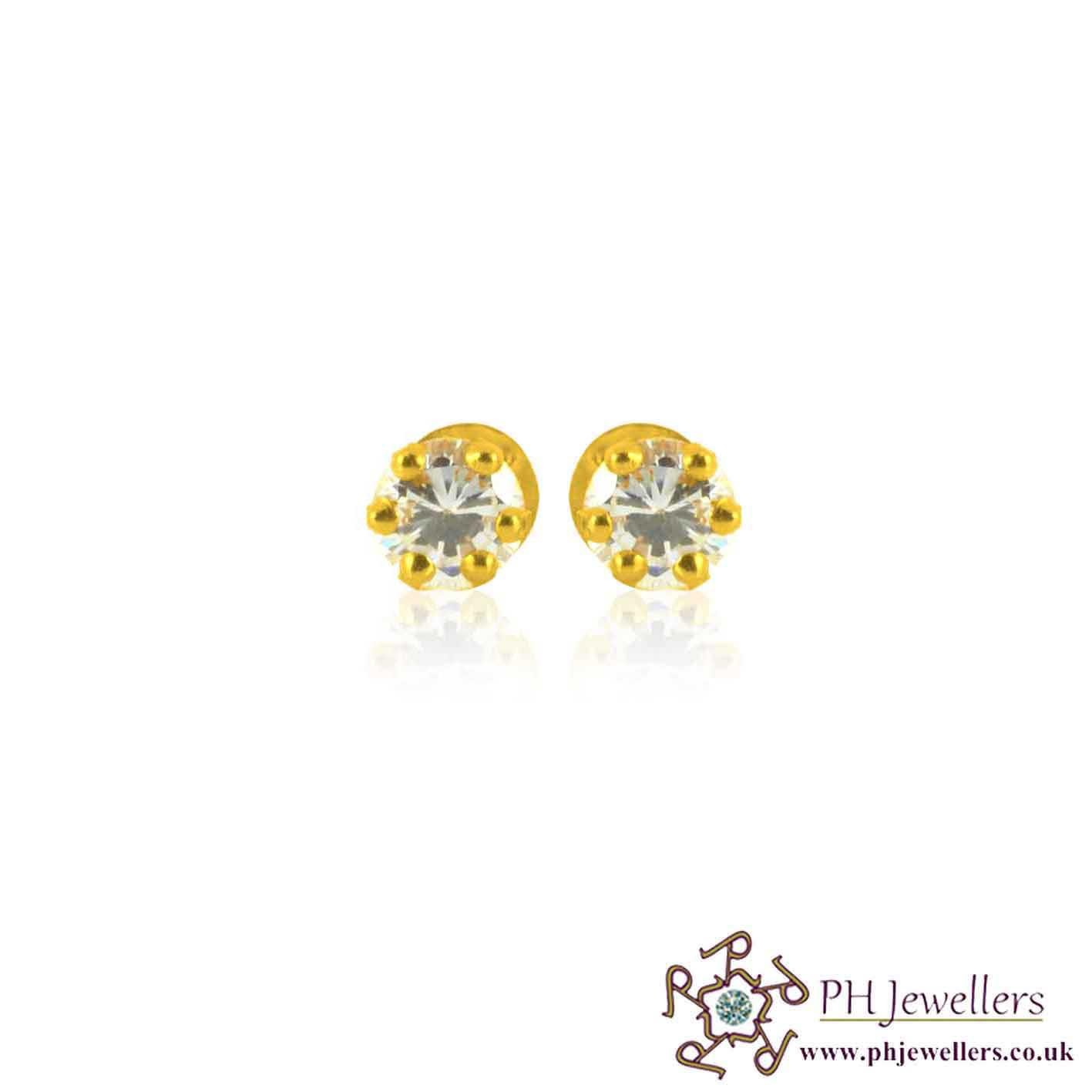 teeny s yellowgold products diamonds gold stone yellow strand stud prong diamond round front and earring