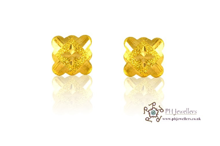 22ct 916 Yellow Gold  Square Earrings SE24