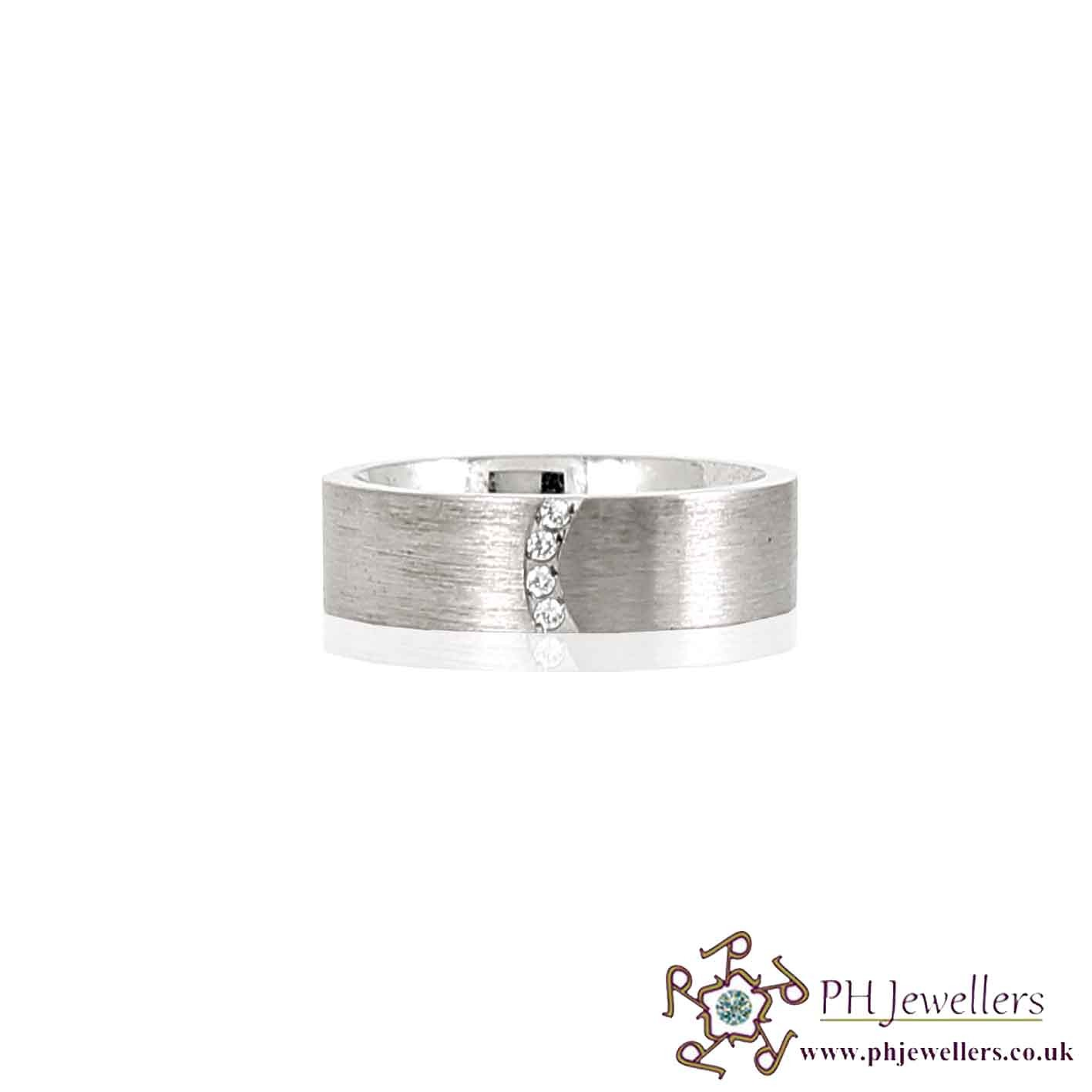 925 Sterling Silver Size S Rhodium Ring CZ SIWB7