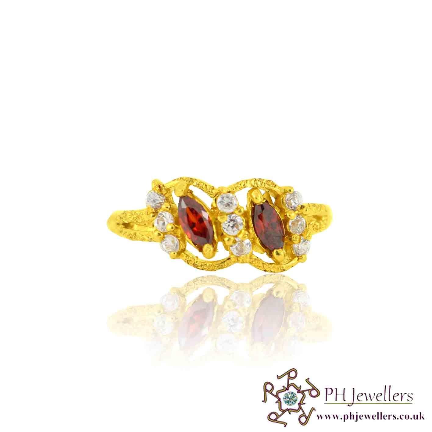 22ct 916 Yellow Gold Hallmark  Garnet Ring CZ Size M 1/2 SR126