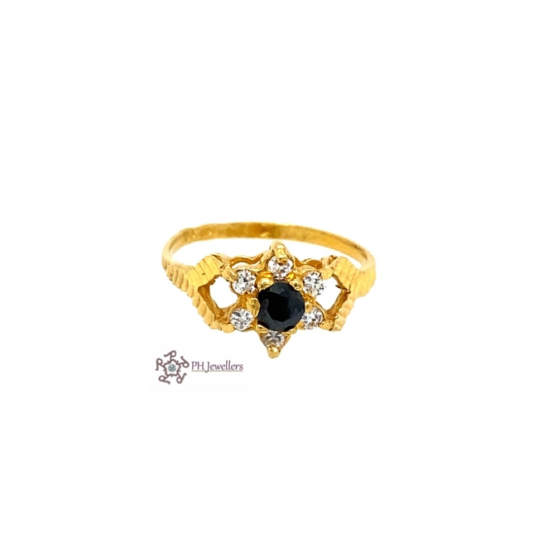 22ct 916 Indian Yellow Gold Ring with Black and White CZ Size M1/2 SR212