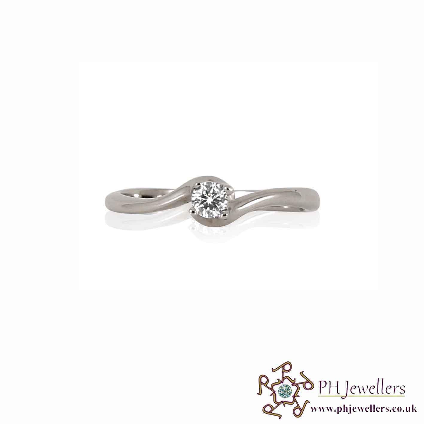 18CT 750 Hallmark White Gold Engagement Size M Ring CZ WGR7