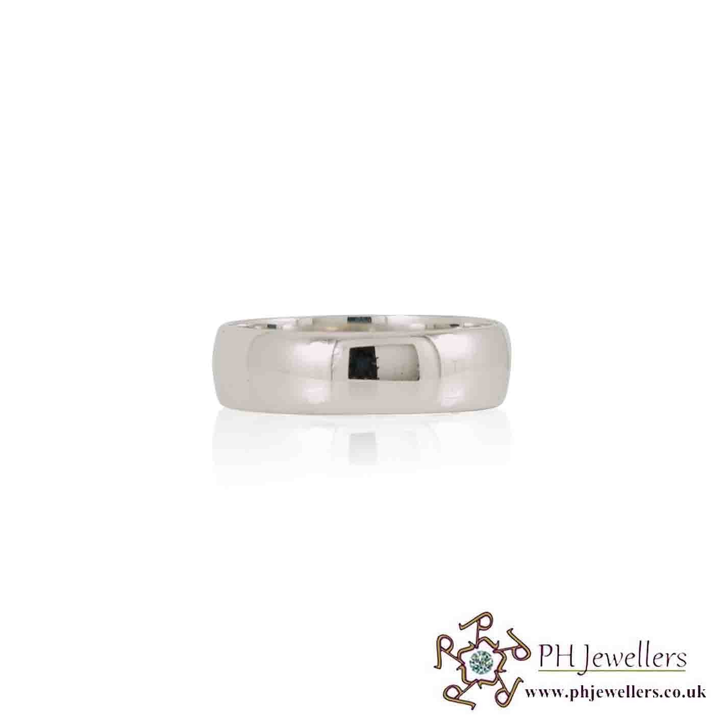 18CT 750 Hallmark White Gold Wedding Band Size S Ring WGWB1