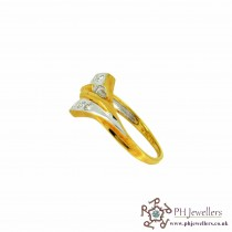 18CT 750 Yellow Gold Diamond Size K Ring DR14