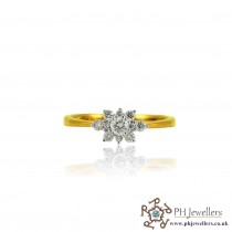18ct 750 Yellow Gold Hallmark Diamond Ring  Size N DR48