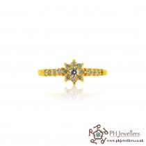 22ct 916 Hallmark Yellow Gold  White Stone Ring Size N CZ SR157