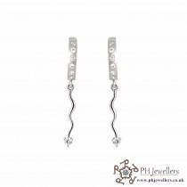 18CT 750 Hallmark White Gold Clip On Earrings CZ WGE1