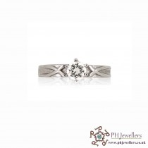 18CT 750 Hallmark White Gold Engagement Size J Ring CZ WGR6